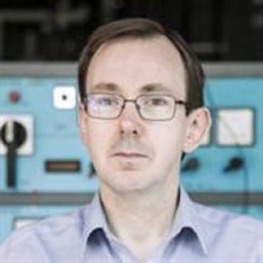 Dr. Damian Flynn